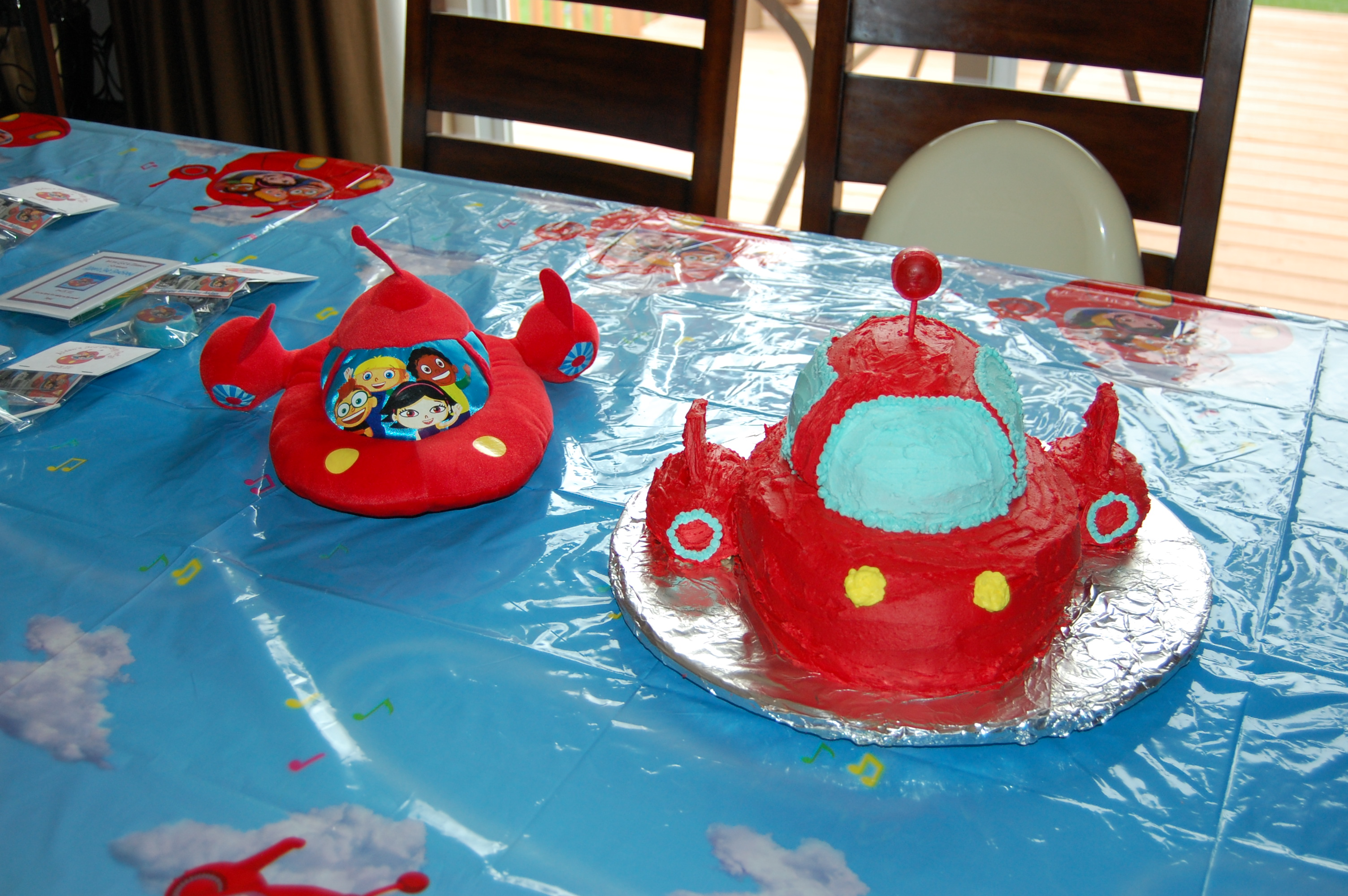 Tremendous Toddler Tuesday Making A Little Einsteins Rocket Cake Funny Birthday Cards Online Inifofree Goldxyz