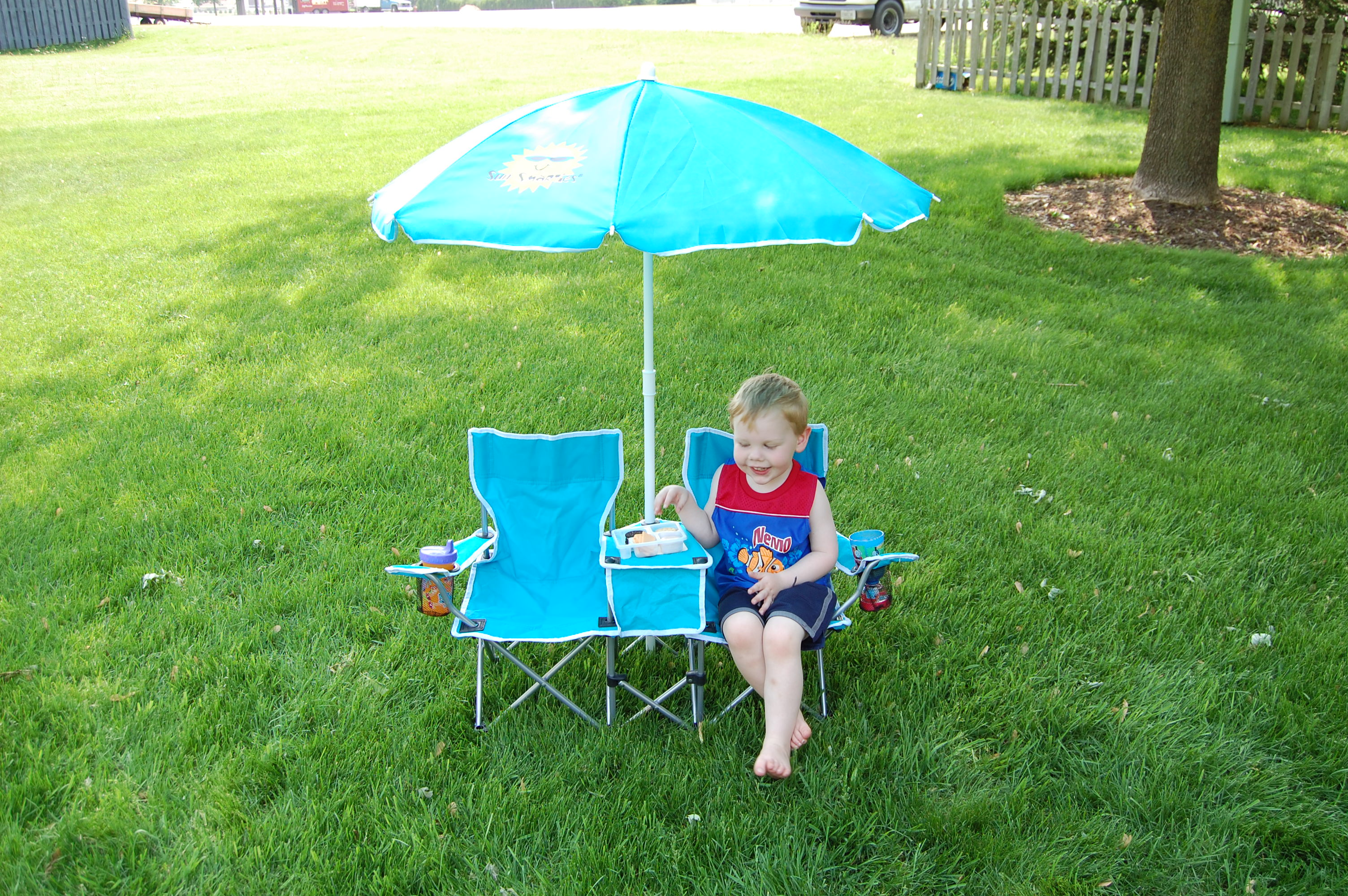 The Sun Smarties Kids Double Folding Chair And Umbrella Also Come With A  Carry Bag. I Was Surprised At How Easily Both The Umbrella And Chair Fit  Inside.